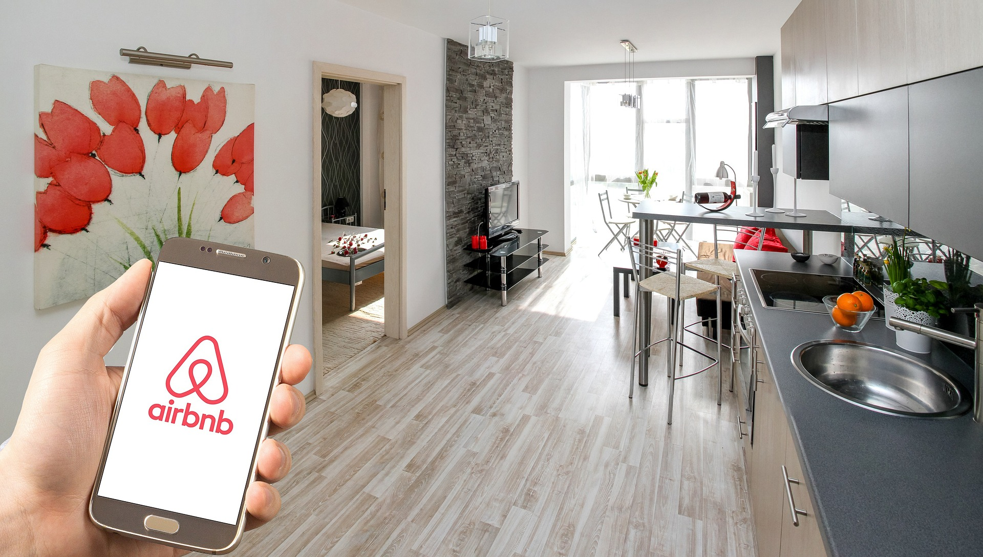 airbnb-3399753_1920